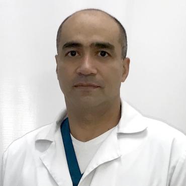 Dr. Alexander Tapia